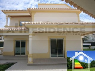 Detached House › Albufeira | 3 Bedrooms