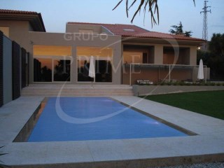 House › Trofa | 4 Bedrooms | 6WC