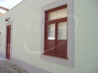 House › Porto | 1 Bedroom | 2WC