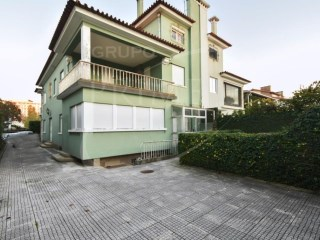 House › Porto | 6 Bedrooms | 4WC