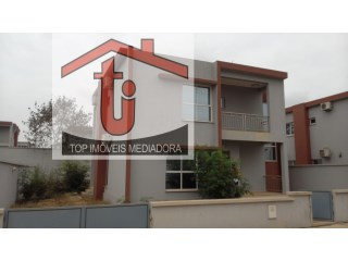 House › Cacuaco  | 3 Bedrooms | 2WC