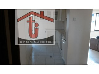 Apartment › Cazenga | 2 Bedrooms + 1 Interior Bedroom | 2WC
