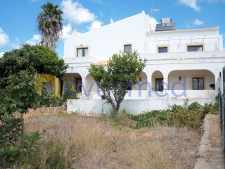 Semi-Detached House › Silves | 4 Bedrooms | 2WC