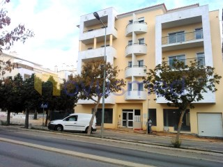 Commercial space in Albufeira centre |