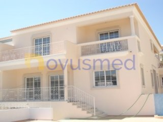 Semi-Detached House › Albufeira | 4 Bedrooms | 1WC