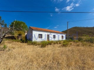 Old House › Silves | 2 Bedrooms | 1WC