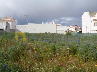 Plot of land for detached villa near the beach |