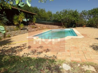 Villa with pool in São Brás de Alportel | 4 Bedrooms | 2WC