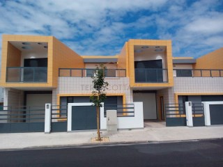 Townhouse (4 Bedroom) Under Construction - Sao Bras Alportel | 4 Bedrooms | 1WC