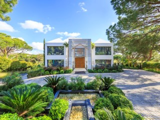 Luxury Villa by the Golf Course, in Quinta do Lago, Algarve | 5 Bedrooms | 6WC