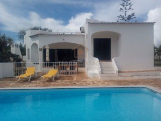 HOLIDAY RENTALS - Villa near Albufeira  (3 Bedroom/Sleeps 6) | 3 Bedrooms | 3WC