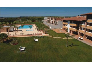 3 BEDROOM VILLA, WITH GOLF VIEWS, IN VILAMOURA