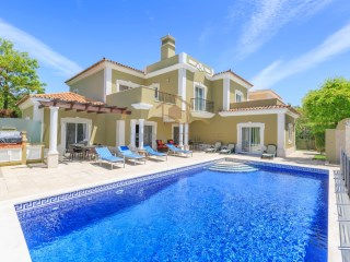 FOUR BEDROOM VILLA NEAR QUINTA DO LAGO AND THE BEACH | 4 Bedrooms | 4WC