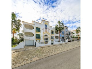 Two Bedroom Apartment, next to Quinta do Lago, Algarve | 2 Bedrooms | 2WC