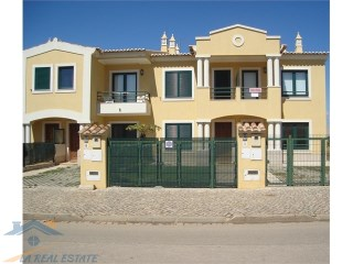 Townhouses T2 in nice gated community, Algoz | T2 | 3WC