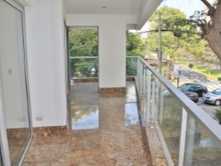 Apartment for rent in San Isidro | 3 Bedrooms | 2WC