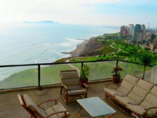 Exclusive and modern furnished Penthouse for rent in Miraflores with sea view | 3 Bedrooms | 5WC
