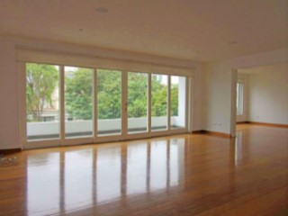 Beautiful apartment finely furnished with a nice view to the Park | 3 Bedrooms | 3WC