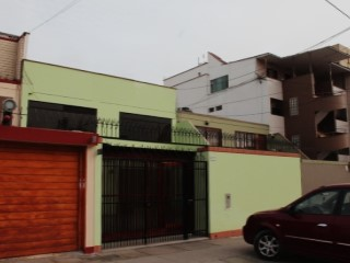 House › Lima | 4 Bedrooms | 2WC
