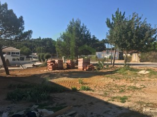 Lot of land with approved project to complete a 3 storey villa with garden and pool.