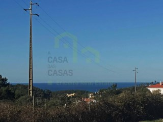 Lot completely with area of 560 m ² for construction, with an excellent sun exposure. |