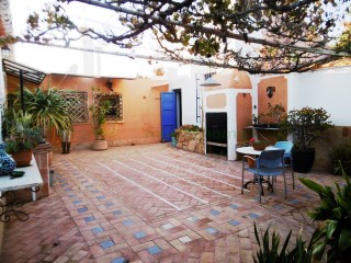 LOVELY COUNTRY HOUSE IN LA PALMA
