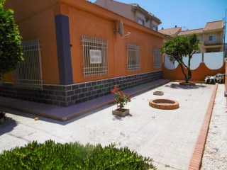 VILLA IDEAL FOR LIVING IN LOS BELONES | 3 Bedrooms | 1WC
