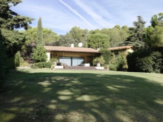 Villa with garden and pool in Sant Andreu de Llavaneres