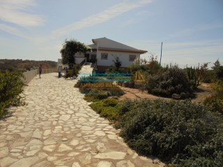Villa 3 bedrooms, and pool in Malhão, Castro Marim | 4 Pièces | 2WC