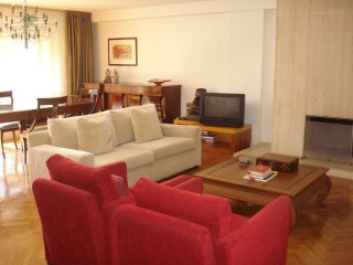 Apartment › Porto | 3 Bedrooms + 1 Interior Bedroom