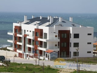 ERICEIRA-T1 DUPLEX +1 with POOL and SEA VIEW GARAGE!! | 1 Bedroom + 1 Interior Bedroom | 1WC