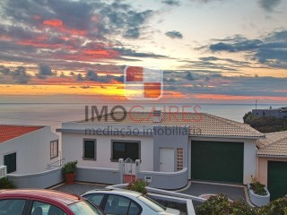 Semi-Detached House › Calheta (Madeira) | 3 Bedrooms