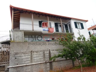 House › Santa Cruz | 2 Bedrooms