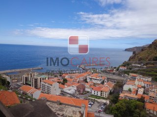 House › Ribeira Brava | 3 Bedrooms + 1 Interior Bedroom | 3WC