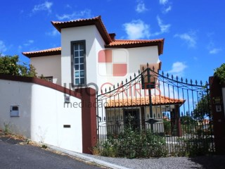 House › Funchal | 4 Bedrooms | 4WC
