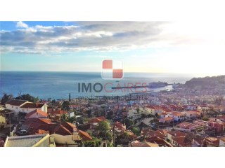 Apartment › Funchal | 4 Bedrooms + 1 Interior Bedroom | 3WC