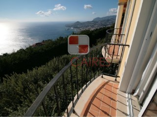 House › Funchal | 3 Bedrooms | 2WC