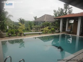 LAKE VIEW 4 BEDROOMS VILLA WITH A POOL  | 5 Pièces | 1WC