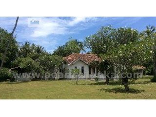 ANTIQUE VILLA WITH 4 BED ROOM & POOL IN UNAWATUNA  ( 2 Acres/ Sq.m 8000) | 4 Bedrooms + 1 Interior Bedroom | 4WC