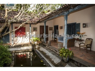 ANTIQUE BOUTIQUE VILLA WITH 4 BEDROOMS/SWIMMING POOL | 5 Pièces | 4WC