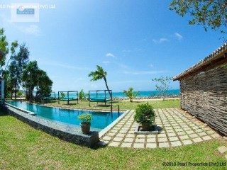 6 Bedroom Luxury Boutique Villa with Pool |