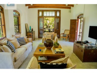 A Beautiful, Luxury, Renovated 3 bedroom Antique Villa with Pool between Galle and Hikkaduwa |