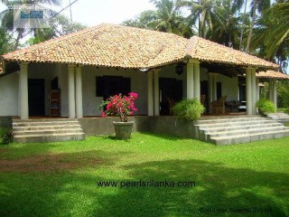 2 Bedroom Beautiful Colonial Style Villa at Unawatuna |
