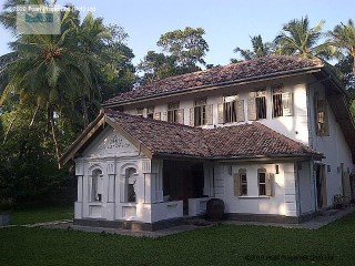 3 Bedroom Renovated, Modernized Villa: Galle Area |