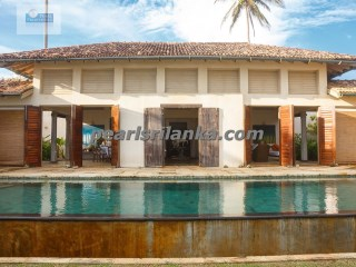 4 Bedroom Luxury Beach Villa |