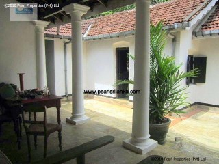 4 Bedroom Colonial Villa with Pool |