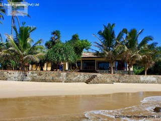 Three Bedroom Beach Villa in Galle |