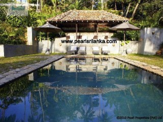 4 Bedroom Colonial Hilltop Villa with Pool, Galle |