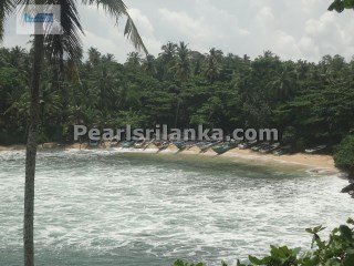 Dondra/Beach Front Building Plot/Stunning Location at Exotic Bay/ 281.7 Perches (Sq.m 7125) |