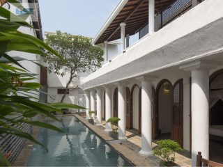 Galle Fort Bedroom Villa with Pool 27.5 Perches (687.5 m2 ) | 5 Bedrooms